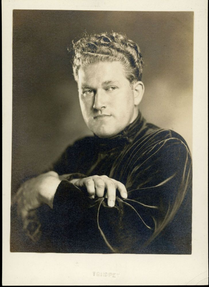 1939 STUDIO PORTRAIT OF AUGUST DERLETH BY EPHRAIM BURT TRIMPEY. August Derleth.
